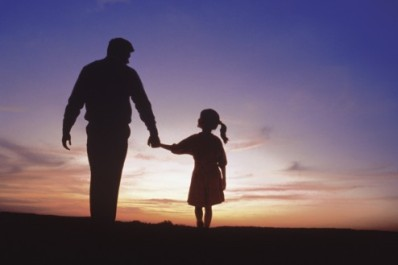 dad and daughter silhouette